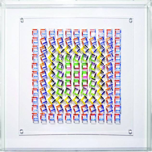 Françoise Aubry, Ohne Titel, 2017, PMMA und Acrylmalerei, 50x50 cm