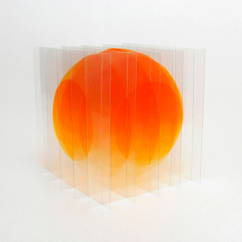 Go-Segawa_Gradient-Orange_2017_encre-pigmenttinte-lack-pvc_14x14x14