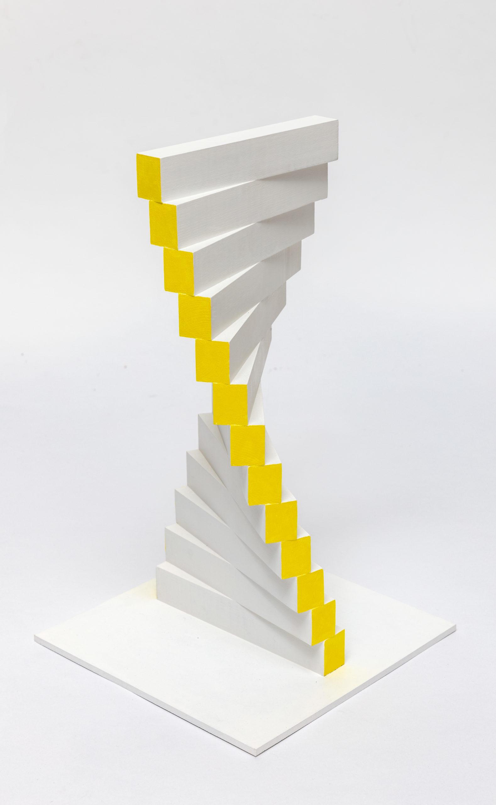 MILIJA BELIC, Glissandi jaune, 2016, Holz bemalt, 44x20x20cm